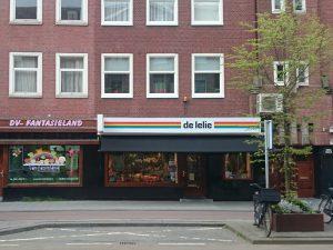 Winkel van De Lelie aan de Witte de Withstraat