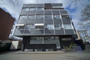 Het gebouw West5 aan de Slotermeerlaan