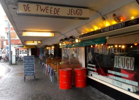 Tweede Jeugd in de Jan Evertsenstraat