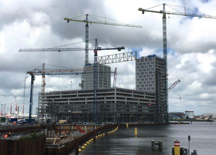 Pontsteiger Houthaven in aanbouw