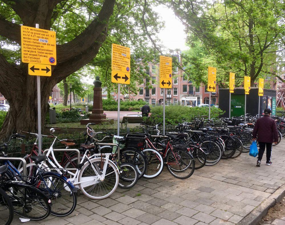 Beste Minder auto's en fietsen op groener Bellamyplein   Nieuws   De QN-26